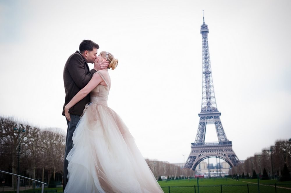 Paris Photographer Funny Wedding Photography Paris