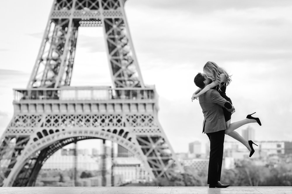 Paris photographer award winning picture from Junebug Weddings