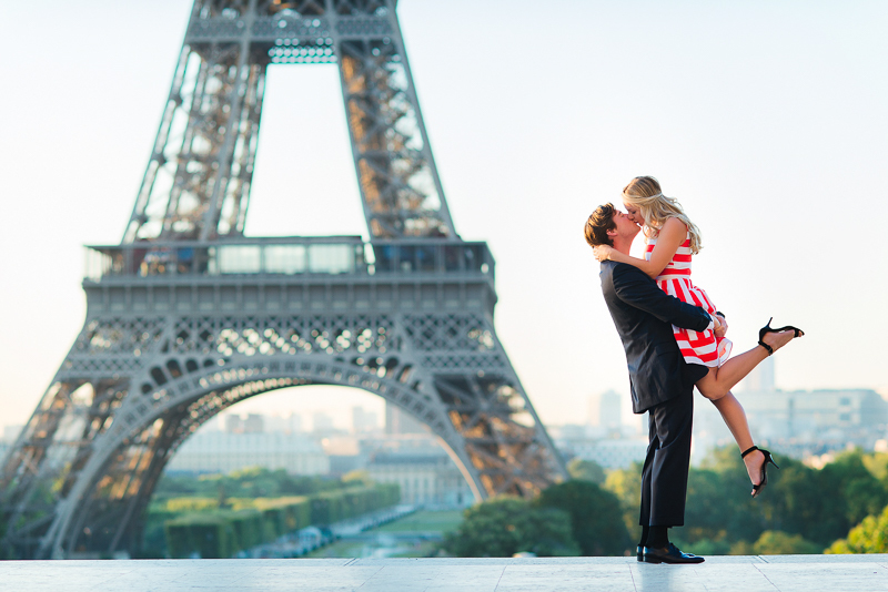 Morning surprisa proposal in Paris - Danielle and Ivan 6
