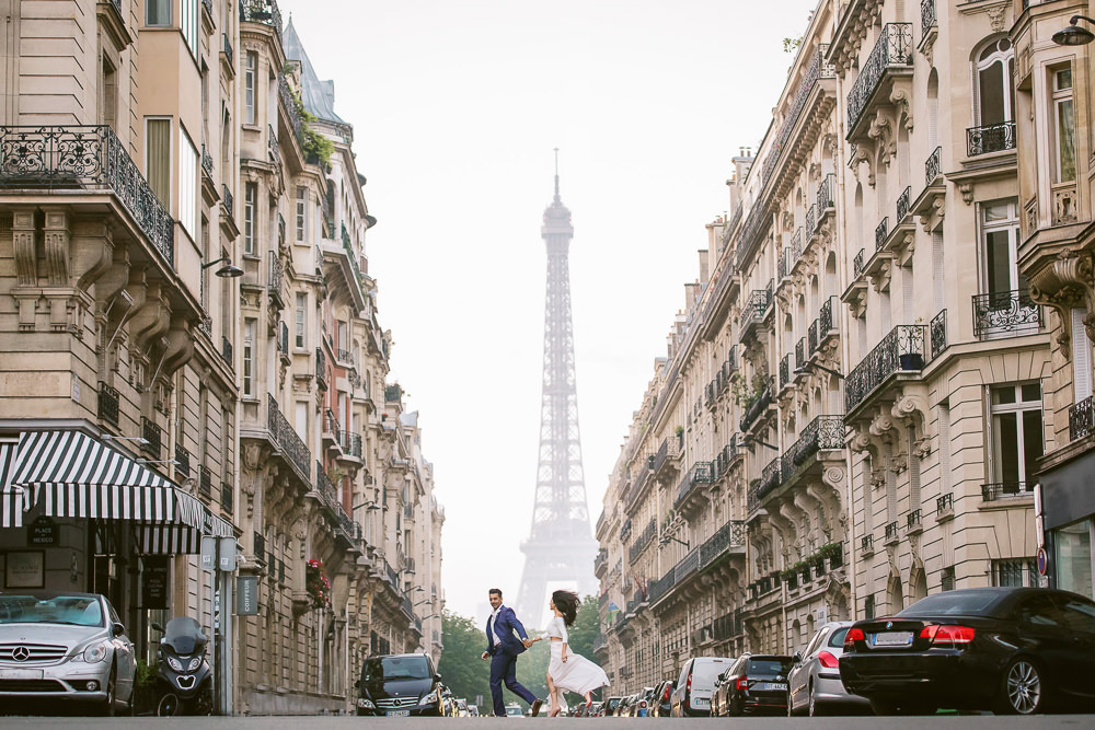 The guide to the best places to take couples photos in Paris