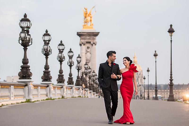 Engagement photos on the Alexander 3 bridge in Paris
