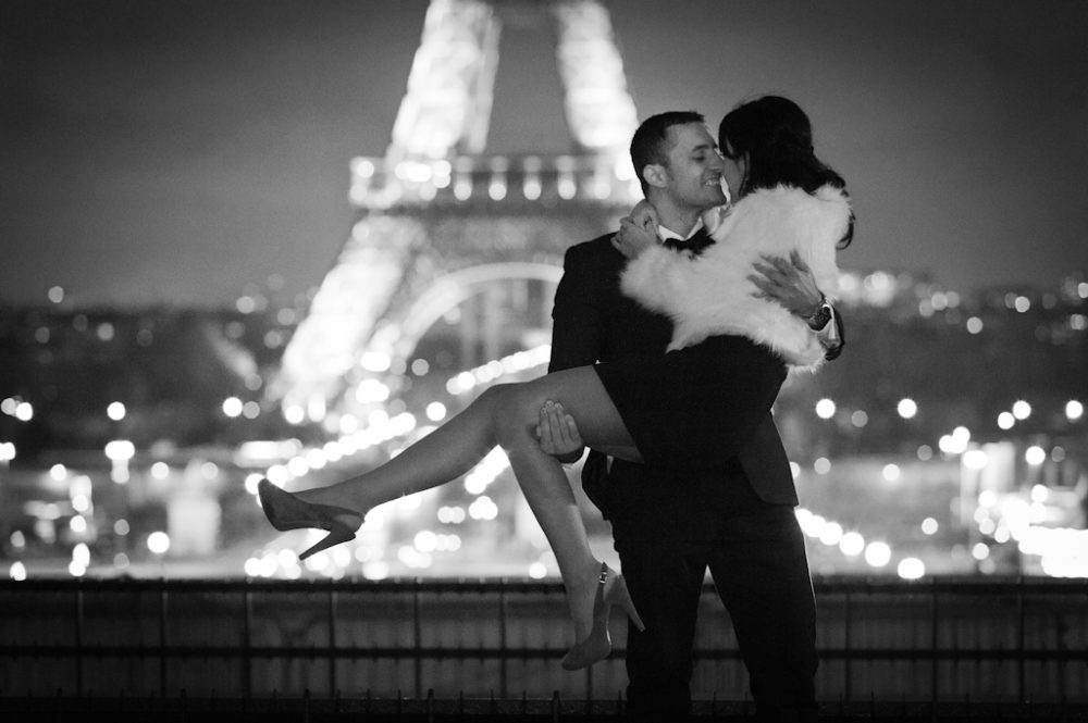 Paris Photographer Hollywood scene Eiffel Tower Paris