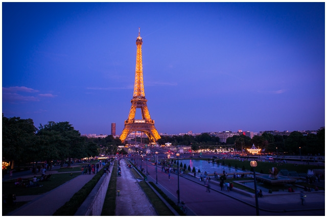 Romantic Paris Ideas Why The Sunset At Eiffel Tower Is