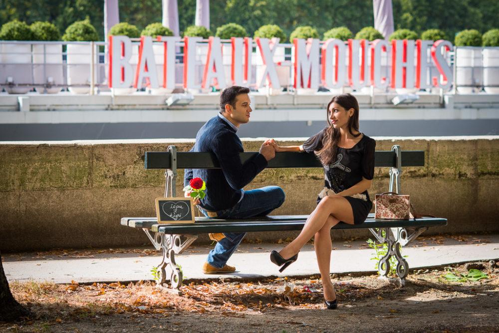 engagement photos in Paris romantic couple bateaux mouches