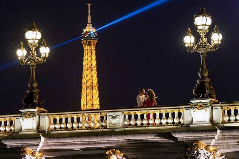 Night photo on Alexander 3 bridge during Paris photo shoot