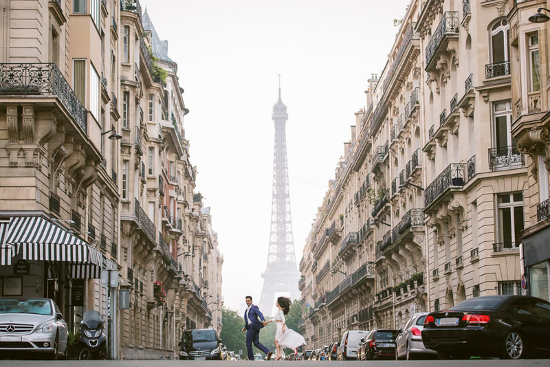 Paris engagement photographer Fran Boloni