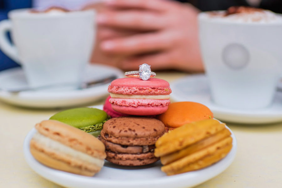 Romantic things to do in Paris - macarons