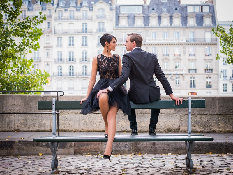 Paris photographer portrait of a couple in overcast weather