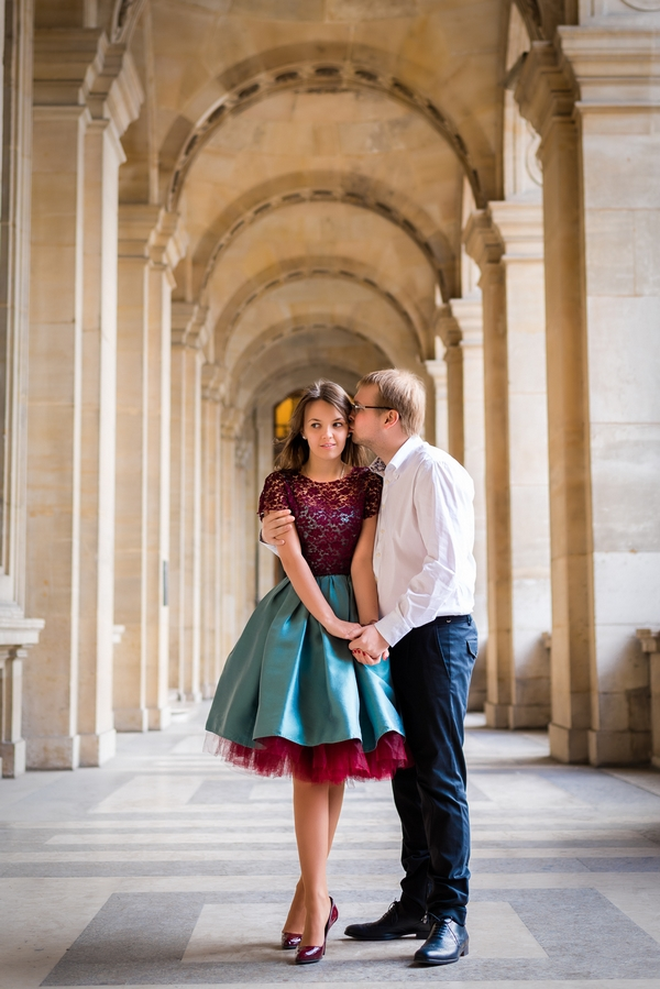 Paris engagement photographer Fran Boloni russian couple