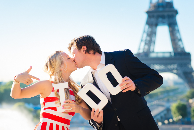 Fun engagement photo in Paris
