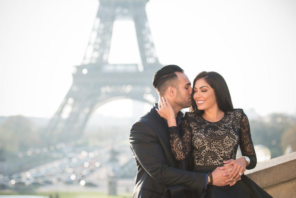 Paris engagement photographer Ioana – True romance in the City of Love Paris