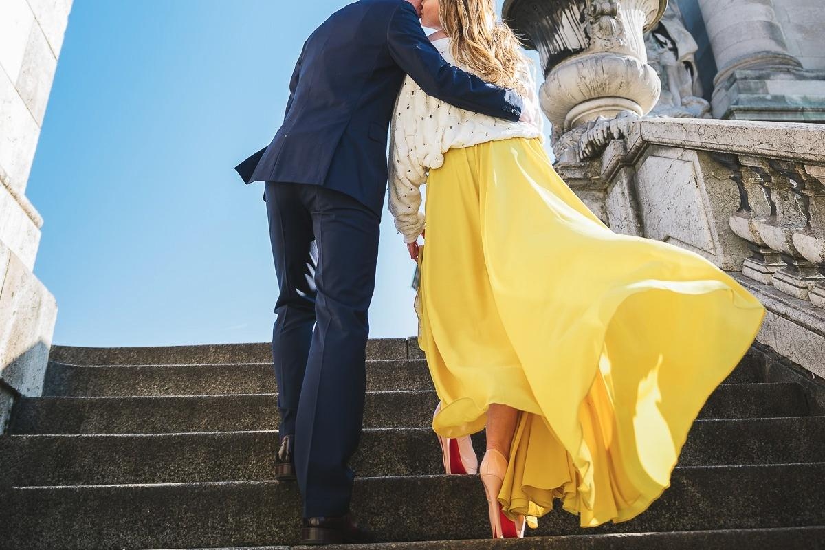 Paris engagement photographer Ioana – whimsical kiss in Paris – engagement photo session