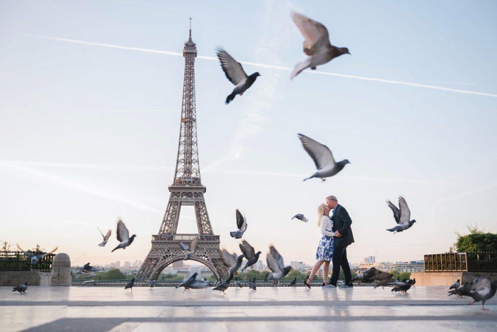 Paris photographer Ioana – anniversary photo shoot