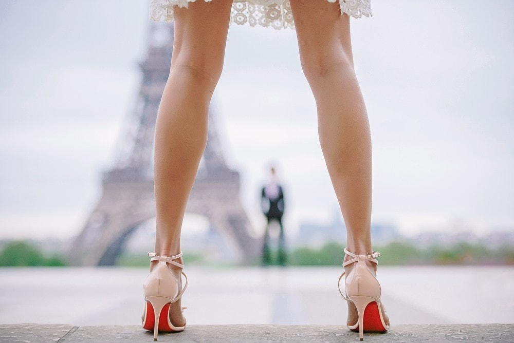 Best couple photography 2017 – The Paris Photographer – Red soles and Eiffel Tower, attractive legs
