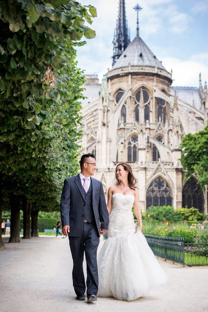 best photography spots in Paris notre dame square jean xxiii