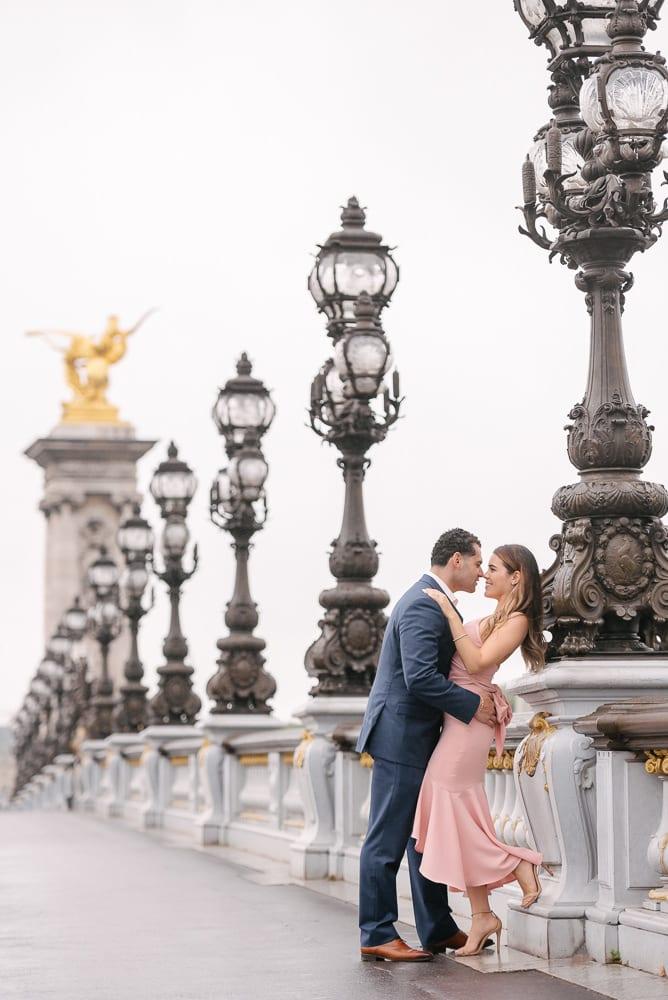 paris photography locations – alexander 3 bridge elegant lamps