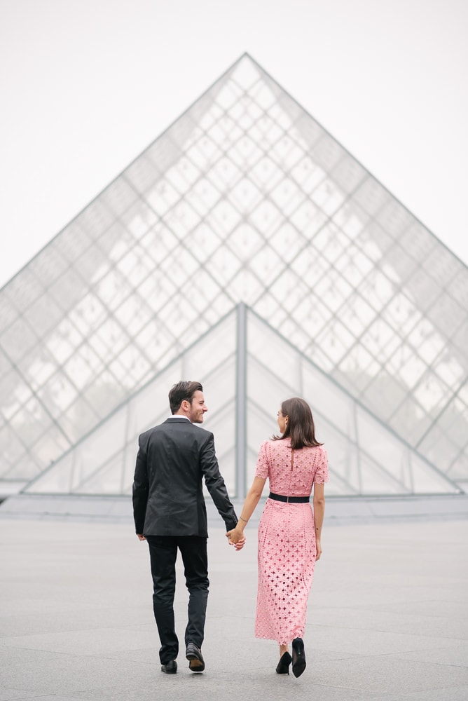 unique couple photo ideas - walking away from the camera