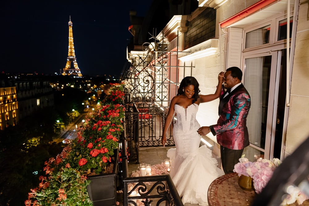 Newlywed couple first dance on the Hotel Plaza Athenee Paris balcony