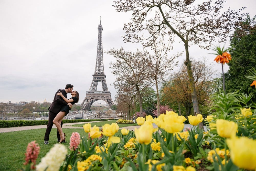 Couple Photoshoot Ideas - How to get great couple photos in 2 hours